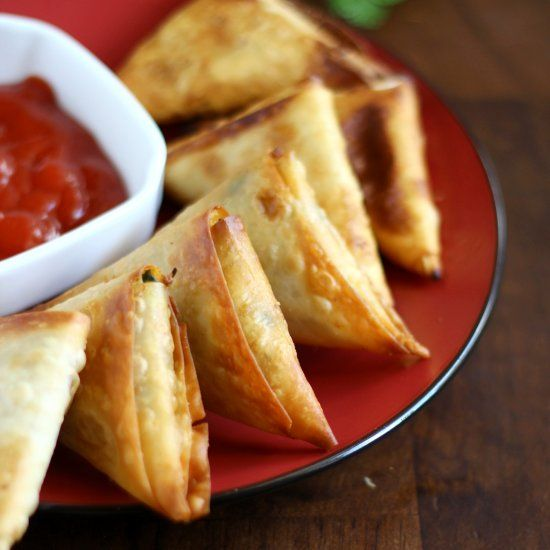 Step by step picture tutorial to making the perfect samosa ...