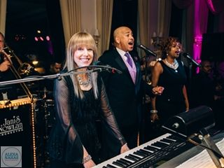 """JANIS NOWLAN BAND """"The Most Unforgettable Dance Party Of Your Life"""": Live Music For Your Wedding Day Janis Nowlan Band"""