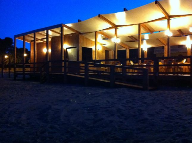 Mirà by night, lo stabilimento balneare del Mirabeau Park Hotel