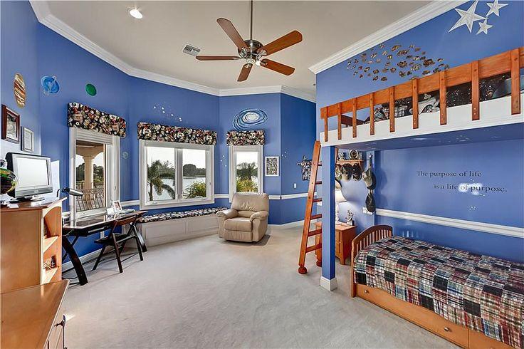 Carpet, Crown molding, Craftsman, Chair rail, Window seat