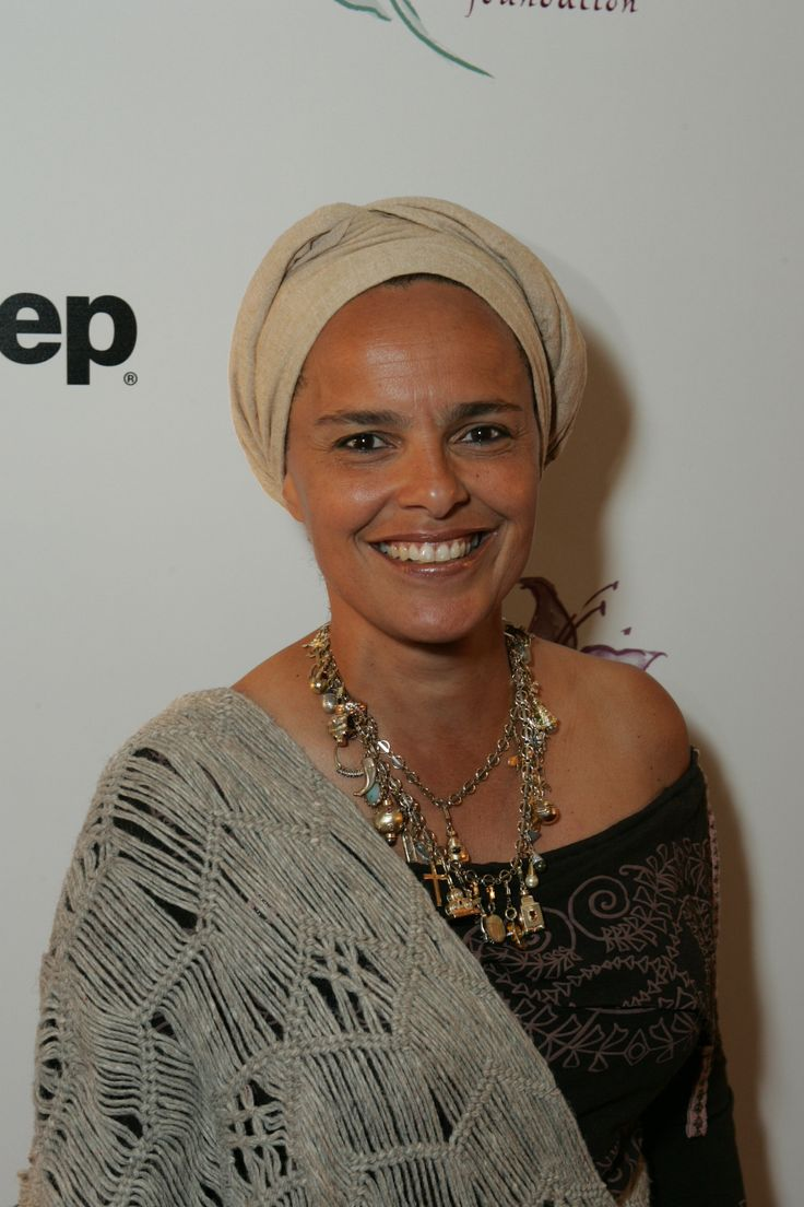 Shari Belafonte on the Lili Claire Foundation Red Carpet