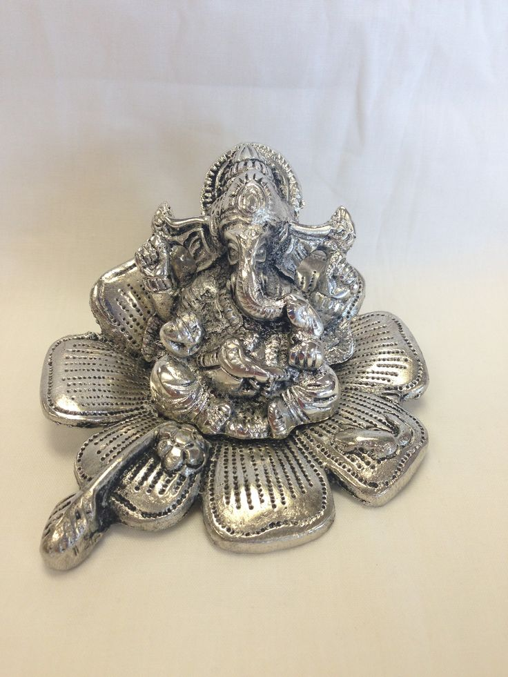 Statue - Beautiful Flower Ganesha For Gift