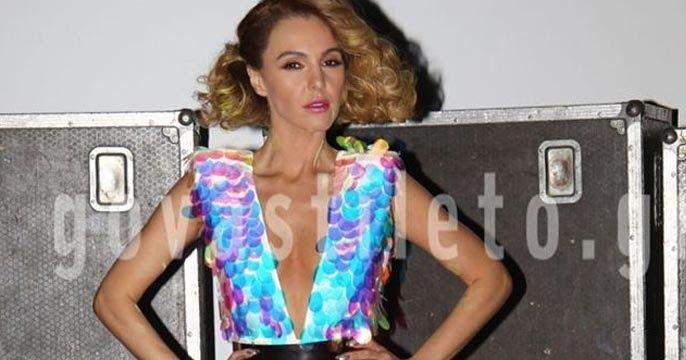 Σέξι και με παγιέτες η Τάμτα στο fashion show του Στέλιου Κουδουνάρη!