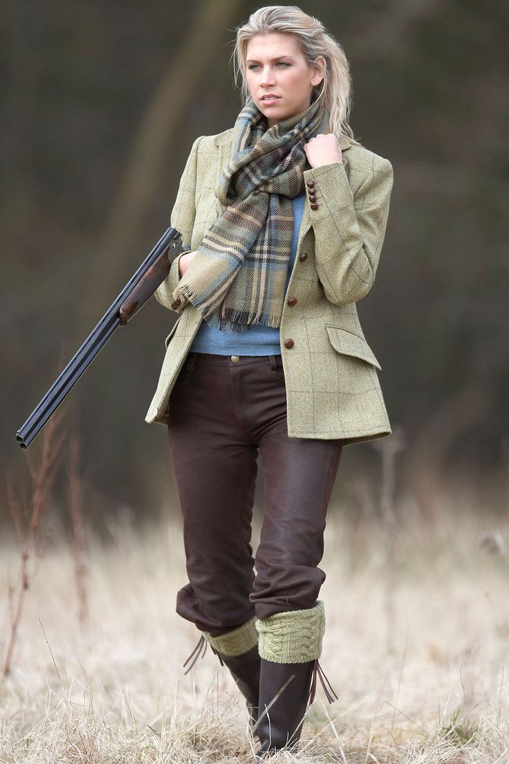 Glenshee shooting jacket in pale moss