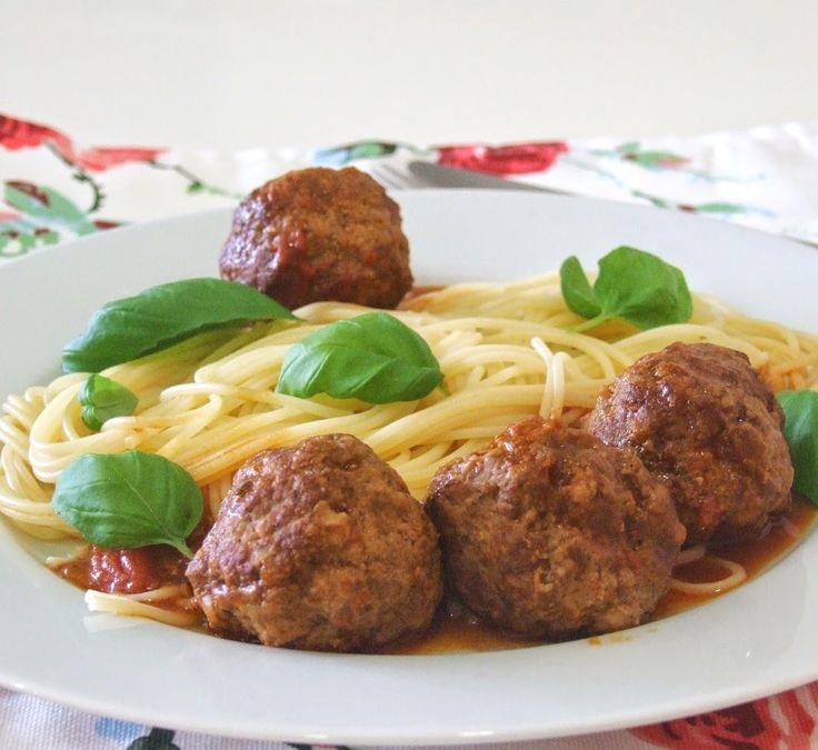 Almôndegas com esparguete | SAPO Lifestyle