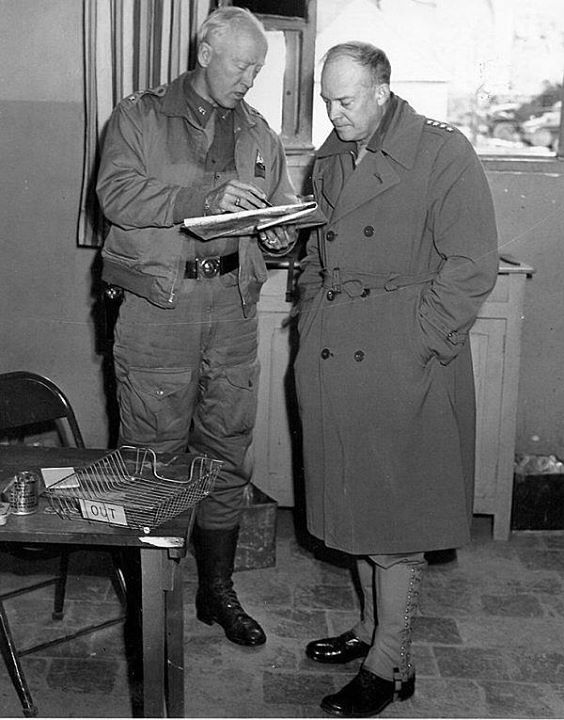 Generals Patton and Eisenhower confer in Tunisia March 1943