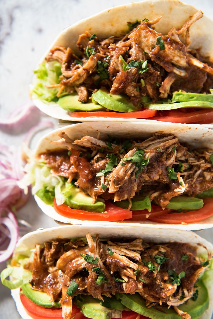how to make mexican shredded chicken in crockpot