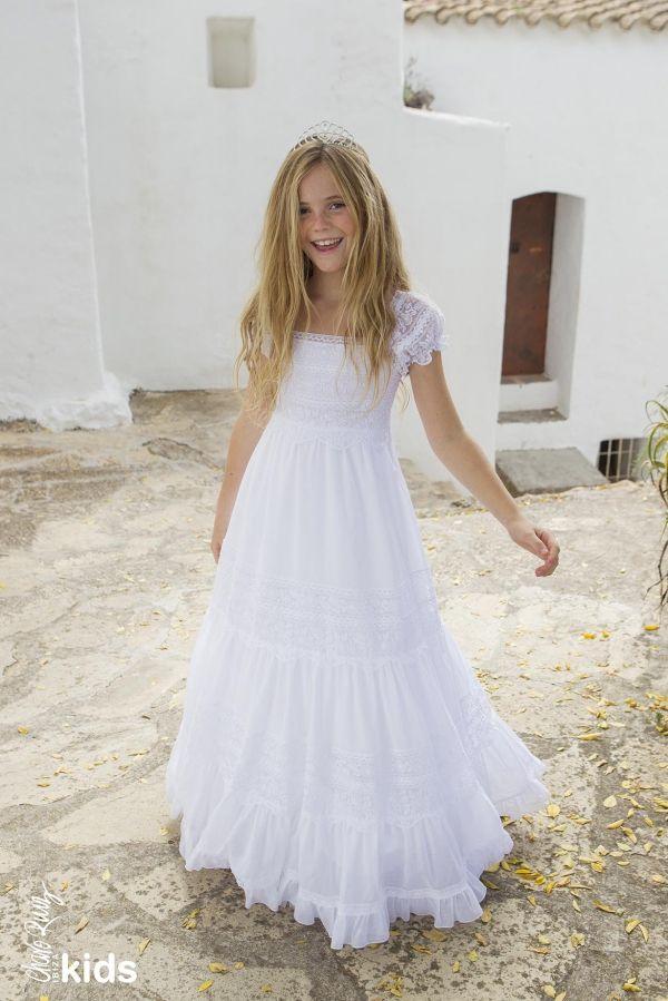 Foto 1 de 5 Vestidos de comunión y arras para niñas, al más puro estilo adlib, Charo Ruiz Ibiza | HISPABODAS