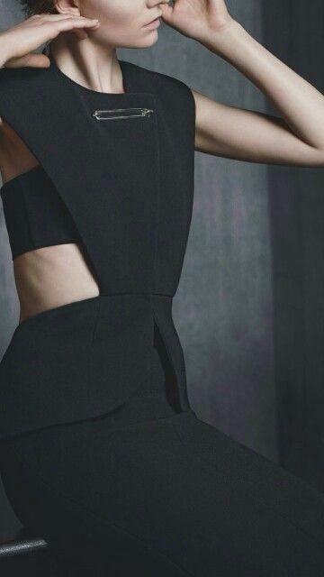 Modern Tailoring with graphic cutouts; contemporary fashion; pattern cutting // Balenciaga
