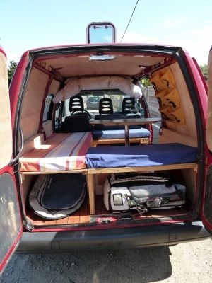 17 meilleures id es propos de fourgon am nag camping car sur pinterest fourgon camping car. Black Bedroom Furniture Sets. Home Design Ideas