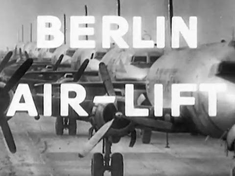 (63) Berlin Airlift - 1949 British Government Public Information Film - WDTVLIVE42 - YouTube