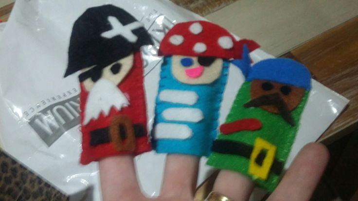 Felt pirate finger puppets