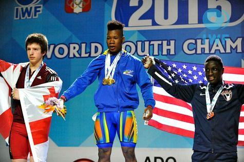 Yeison López, campeón mundial sub-17 de Levantamiento de Pesas, en arranque, envión y total de los 77 kgs,en el 2015.