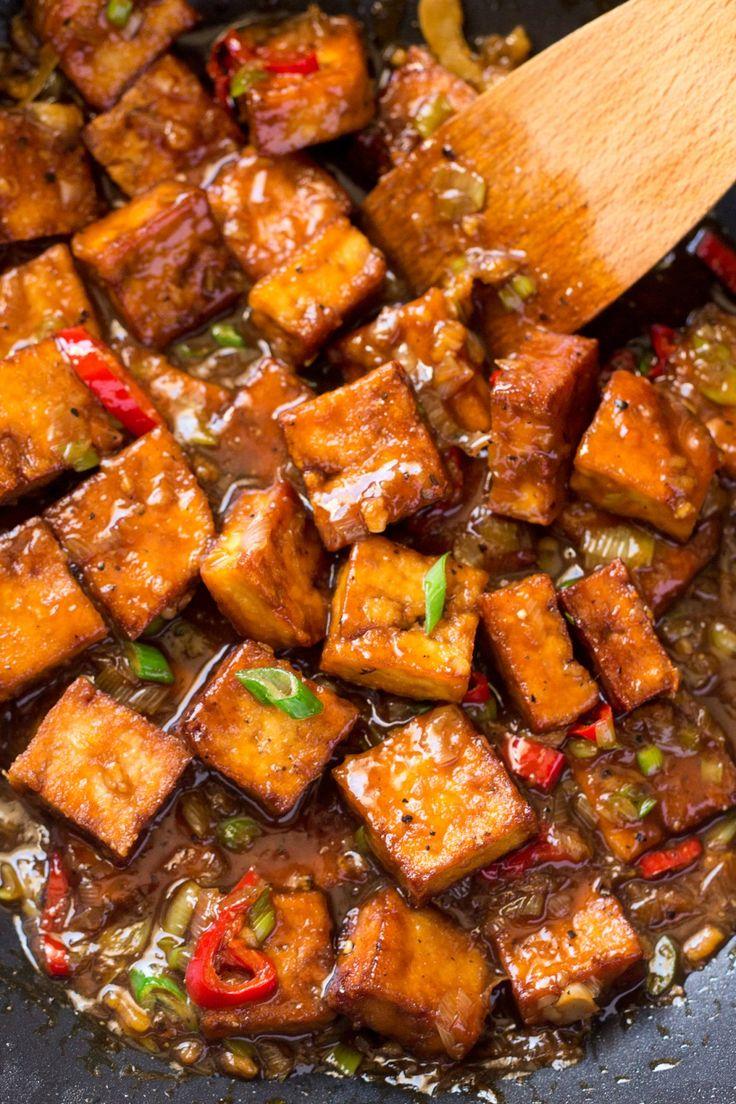 400 g firm tofu, pressed* 2 tbsp tamari or soy sauce cornflour / cornstarch 3-4 tbsp high smoke oil (I used peanut oil) BLACK PEPPER SAUCE soy sauce, rice wine vinegar, maple syrup or brown sugar, cornflour, garlic, ginger, chilli flakes, spring onions, black pepper sesame