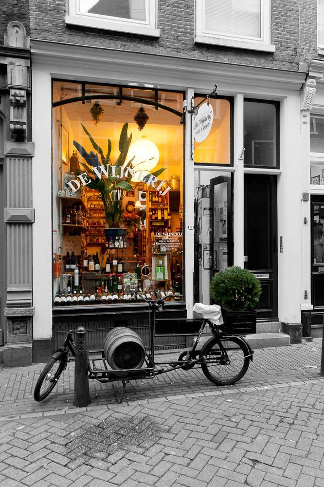 Spirituosengeschäft in Amsterdam von Volker Diesing