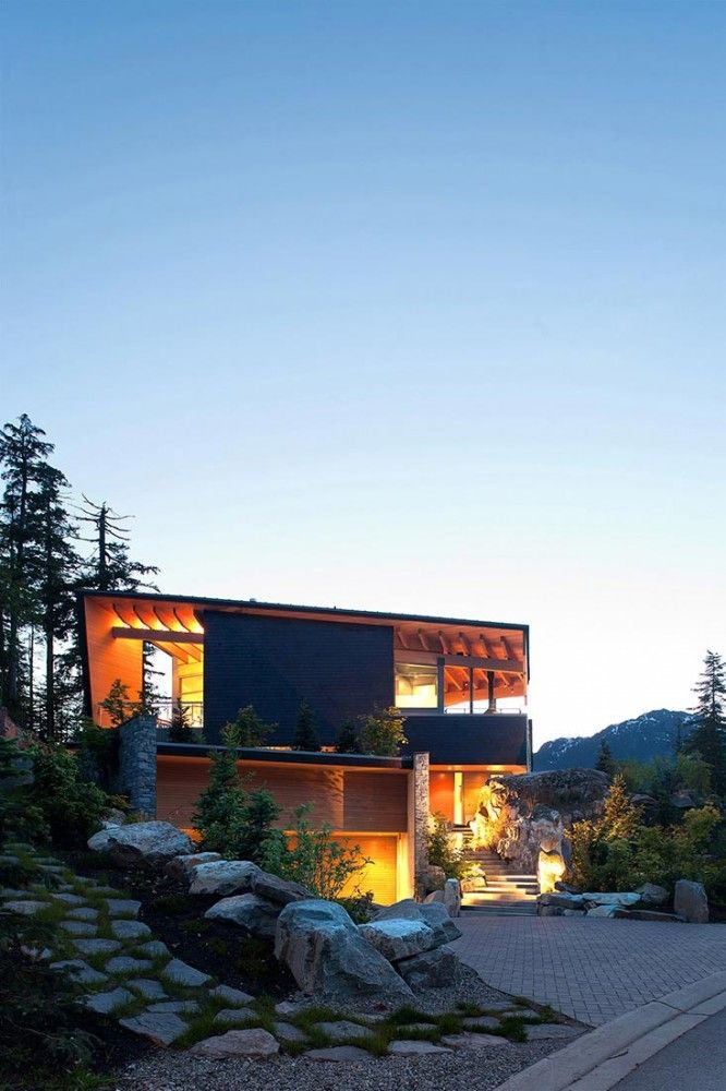 Residencia Whistler / BattersbyHowat Architects (3)