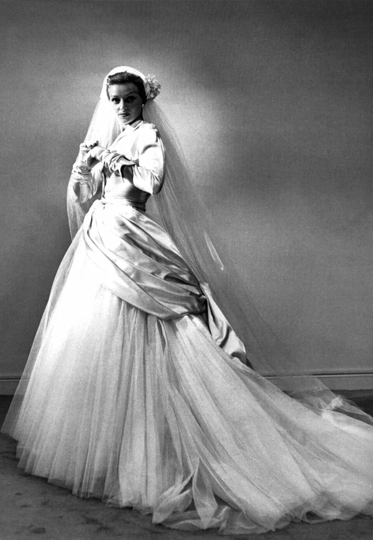1949 Christian Dior, Wedding gown