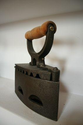 Como remover ferrugem em um fogão velho de ferro fundido | eHow Brasil