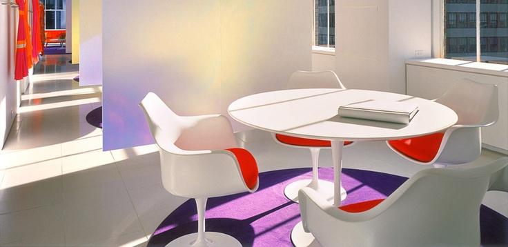Collezione Tavoli Saarinen di Knoll Studio, Designer Eero Saarinen