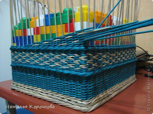 Поделка изделие День рождения Декупаж Плетение Очень практичная коробка Трубочки бумажные фото 6