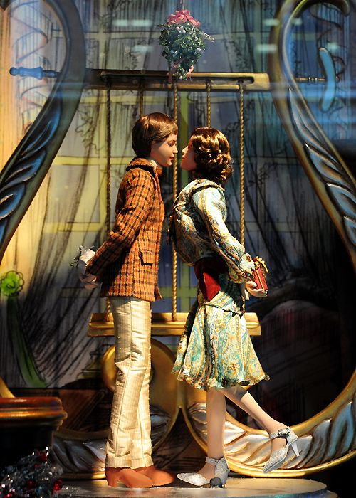 Best LORD TAYLOR Images On Pinterest Lord Taylor Store - The 8 best holiday window displays in the world