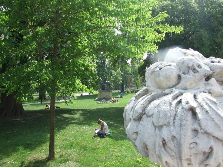 Nice public gardens surrounding Hofburg