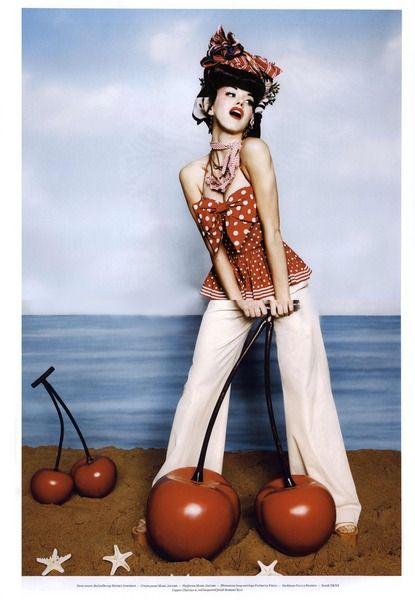 https://www.myfdb.com/editorials/94608/image/318136-vs-editorial-tutti-frutti-spring-summer-2011-shot-10 My Fashion Database: Vs Editorial Tutti Frutti, Spring/Summer 2011 Shot #humor #retro #style #fashion #photography #magazine #editorial #MYFDB