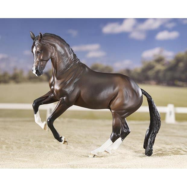 JUST IN! Valegro, the world-famous Dressage Champion, is now a Breyer Horse!  http://www.equusnow.com/products/breyer-valegro-dressage-champion.html