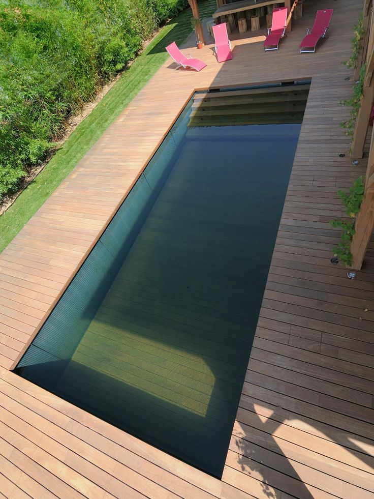 Largeur escalier 25 pinterest escalier for Escalier piscine design