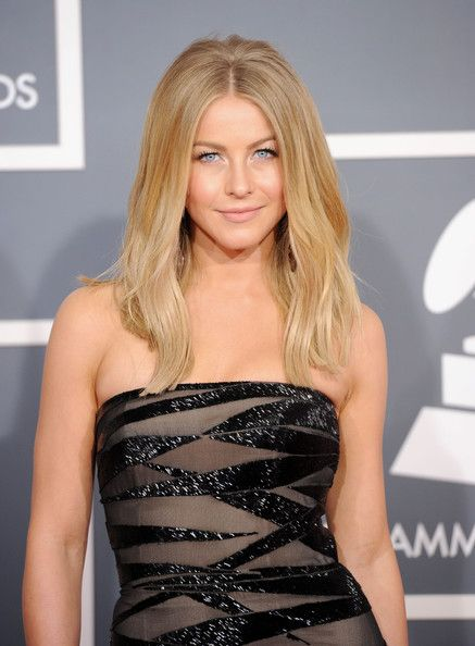 Julianne Hough - The 54th Annual GRAMMY Awards - Arrivals