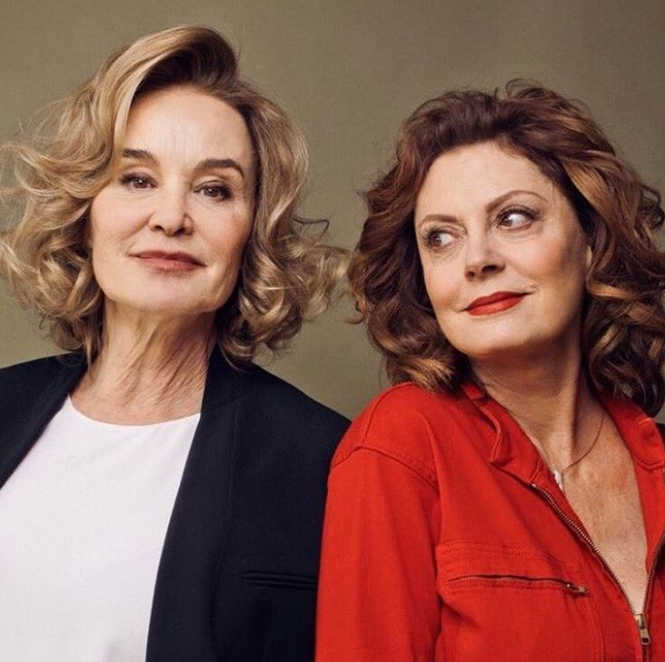Jessica Lange & Susan Sarandon are killing it in Feud