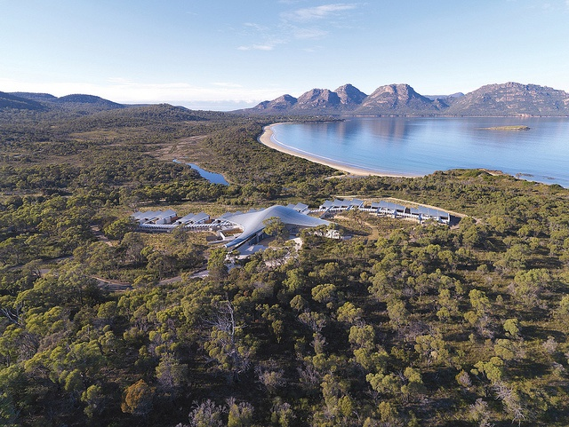 Surroundings & Wildlife by Saffire Freycinet, Tasmania