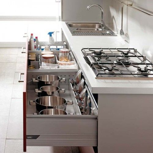 53 Cool Pull Out Kitchen Drawers And Shelves | Shelterness.  Ok, when do I move into that house?????