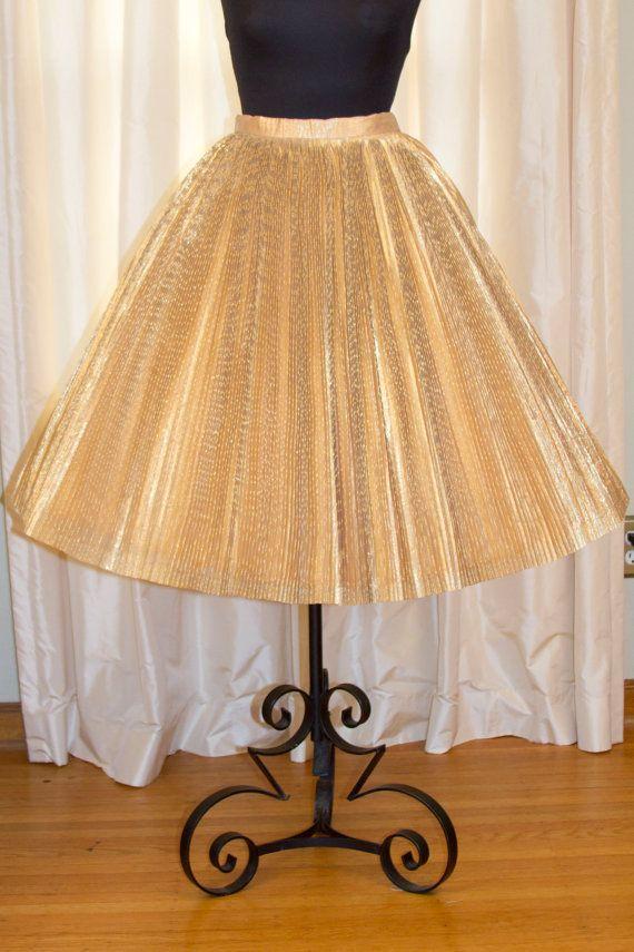 1950 S Full Skirt Gold Lam 233 Pleated Full Circle Skirt