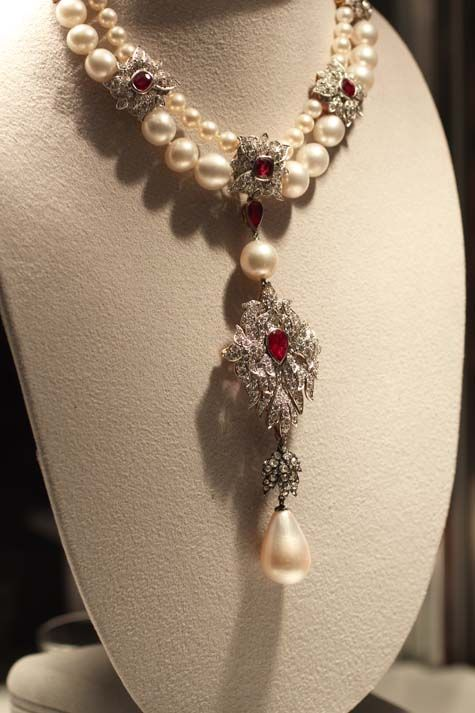 "From Christie's: ""Discovered in the early 1500s in the Gulf of Panama, the pear-shaped pearl became part of the crown jewels of Spain. Prince Philip II of Spain gave it as a wedding gift to his wife, Mary Tudor of England, and it later passed on to the Spanish queens Margarita and Isabel, who proudly wore the pearl in 17th century portraits painted by Velázquez himself. Richard Burton famously purchased the pearl for Elizabeth Taylor at auction in 1969 for 37,000, after successfully…"