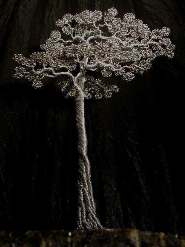 Google képkeresési találat: http://2.bp.blogspot.com/-g1K4H9gmRB8/T1zD9nkzPRI/AAAAAAAAYIk/21UEe9aEbp4/s1600/Fabulous-Wire-Trees-Sculptures-by-Kevin-Iris.jpg