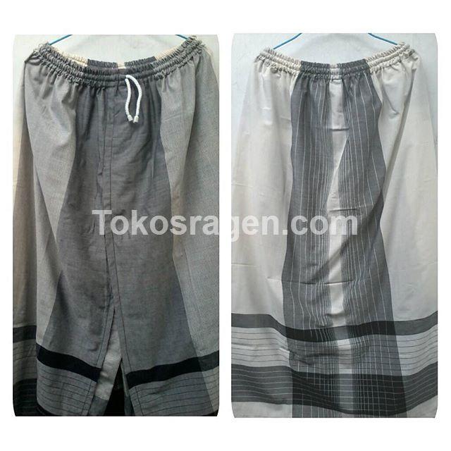 Ini adalah sarung celana dewasa untuk tampil syar'i dengan pakai sarung yang mudah dipakai.