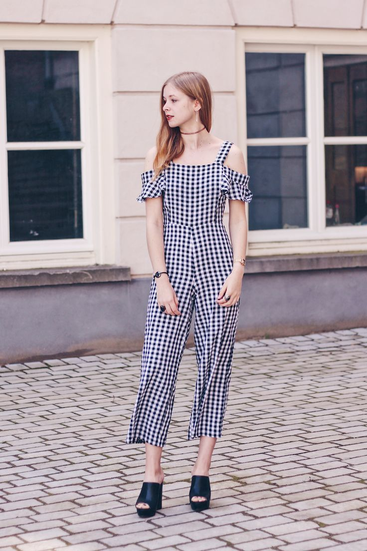 OUTFIT // Gingham Jumpsuit, blogger, outfit, style, fashion, look, summer, spring, fashion inspiration,