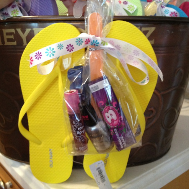 Ready for a pedicure party favors