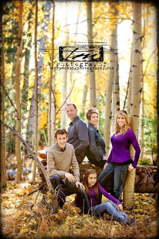 nice family poseNice Families, Families Pictures, Photos Ideas, Family Photos, Families Poses, Families Photos, Families Pics, Brothers Pose, Fall Group Picture
