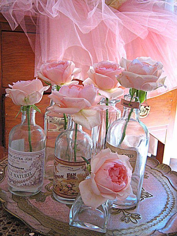 Vintage, bloemen, vaasjes, roze....