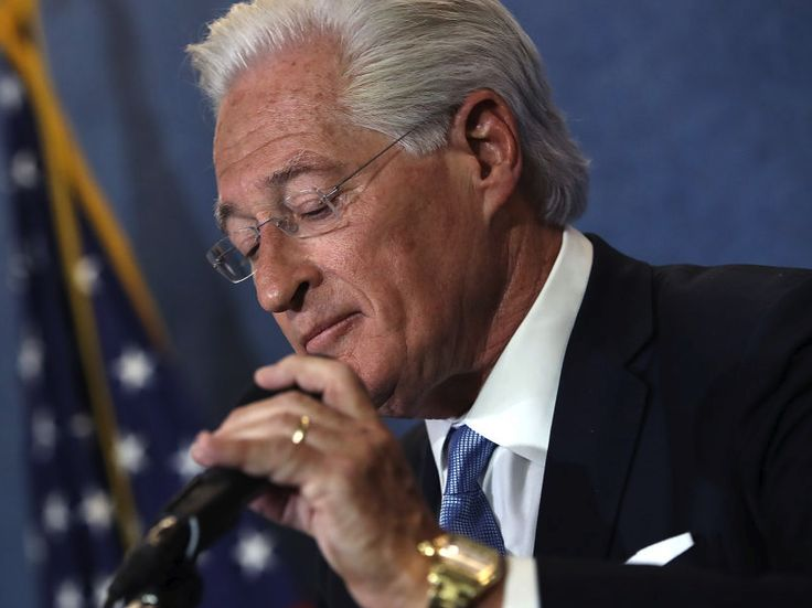 "Trump lawyer Marc Kasowitz is stepping aside from the president's legal team - Marc Kasowitz, the head of President Donald Trump's outside legal team representing him in the Russia investigation is reportedly stepping aside, according to multiple reports published Thursday night.  CBS News White House correspondent Major Garret first tweeted Kasowitz was ""out"" as Trump's attorney, while New York Times White House correspondent Maggie Haberman tweeted he was ""not gone,"" but had a ""lesser…"