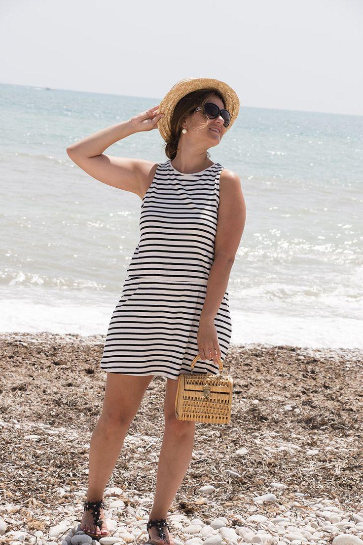 SimplySory, fashion blog: summer look, sailor dress, canotier and wicker bag SimplySory, blog de moda: look de verano, vestido marinero, canotier y bolso de mimbre