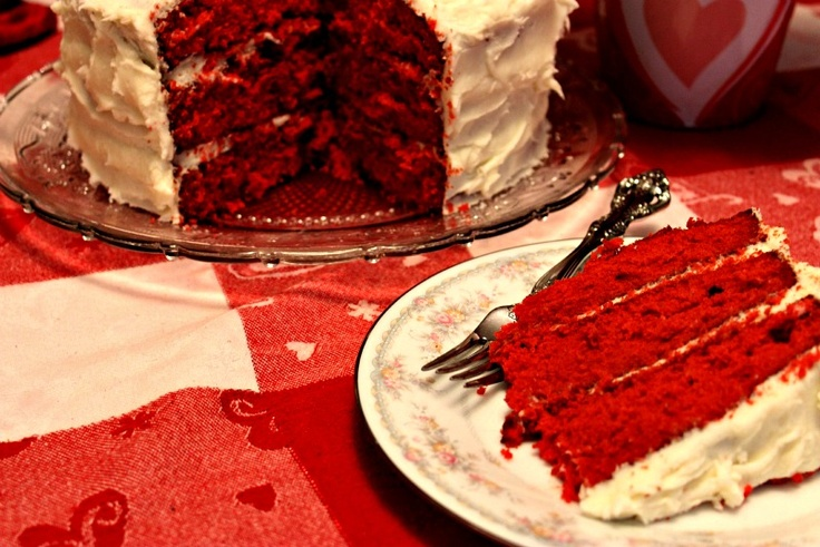 Sweet Tea and Cornbread: Southern Red Velvet Cake!