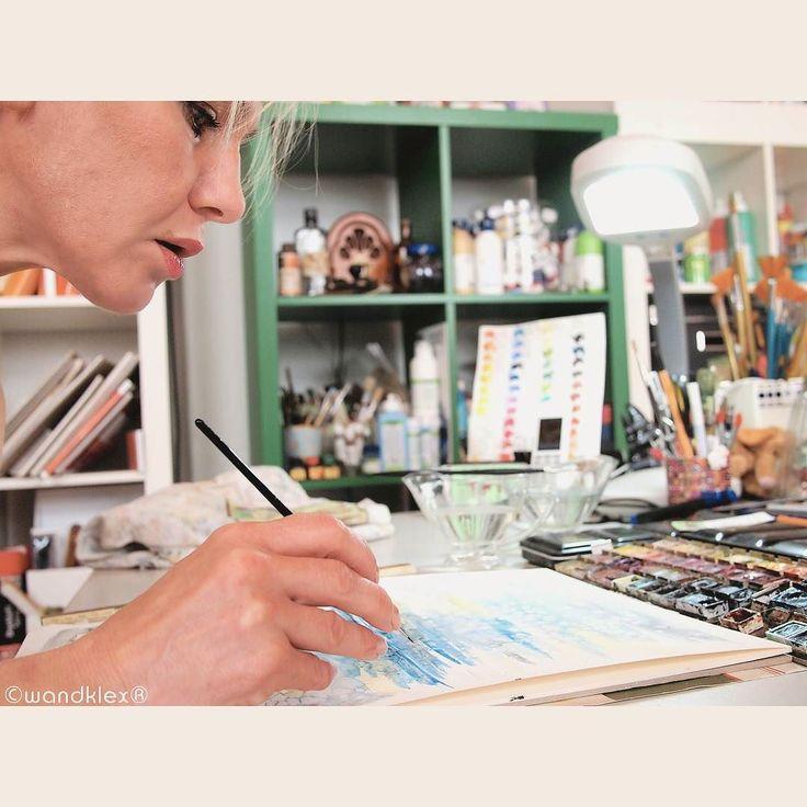 Heute mach ich mal ein bisschen blau. Wenn auch nur aufm Malblock.  .  #meetthemaker #behindthescenes #atelier #artist #studio #workinprogress #wip #workspace #watercolor #watercolour #etsyseller #privat #atelier #wandklex #malerei #painting #comission