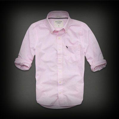 ★アバクロ新作商品。アバクロ 銀座店で販売されていない海外限定品!  ★アバクロを代表するロゴが刺繍されています。  ★袖をロールアップしてルーズぽく・・・?組合せにより色んな着こなしができてお洒落!  ★コットン-100%で肌ざわり着心地バツグンのシャツ。 #followmejp #Follow