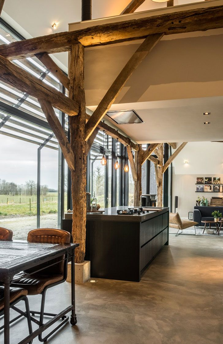 Once Farmhouse With A Cowshed Today Stylish Home Foto Idei Dizajn Kamennye Doma Betonnye Poly Dom
