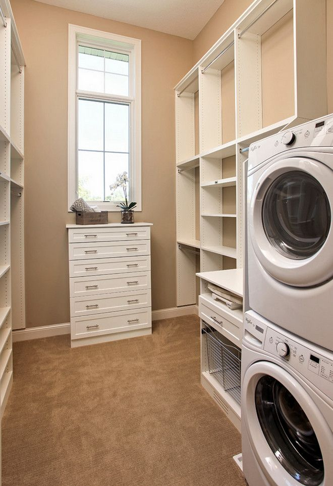 25 b sta walking closet id erna p pinterest for Laundry room connected to master closet