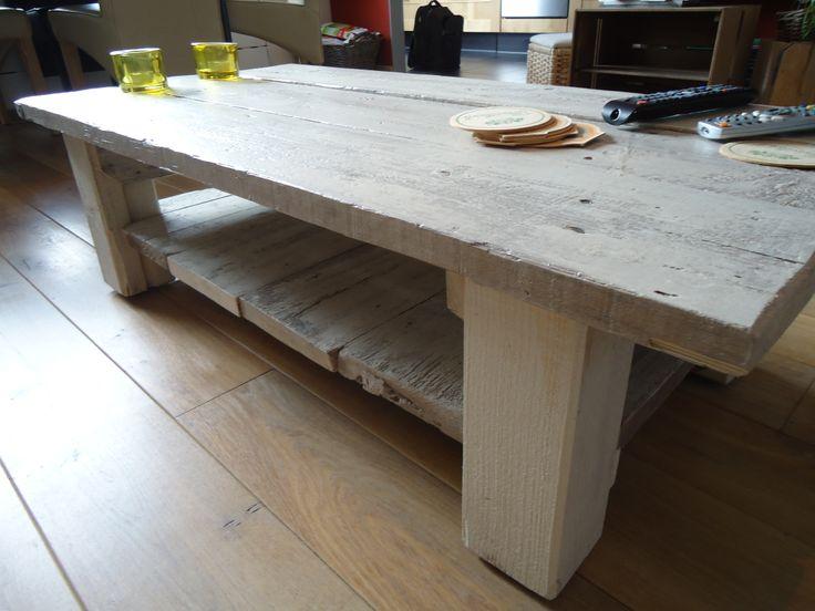 16 best tafels zelf gemaakt of mooie gezien images on for Tafel van steigerplanken