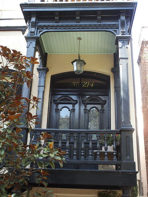 Savannah Georgia Victorian porch by #techpro12 of flickr